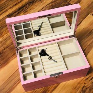 NEW PINK ACRYLIC STACKABLE KEY LOCK JEWELRY BOX